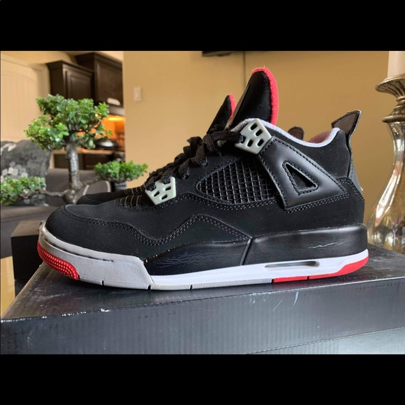 Jordan Shoes | 4 Bred Size 65y | Poshmark
